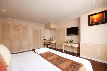 Juliana_Hotel_Suite.jpg