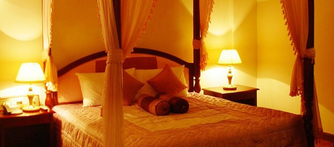 angkor-holiday-hotel-suite.jpg