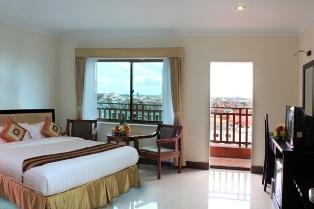 cardamom-hotel-deluxe-king.jpg