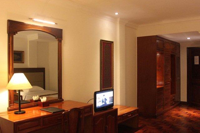 diamond-hotel-phnom-penh-deluxe.jpg