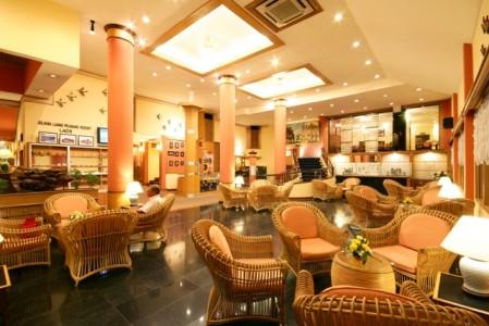 juliana_hotel_Lobby-Area.jpg