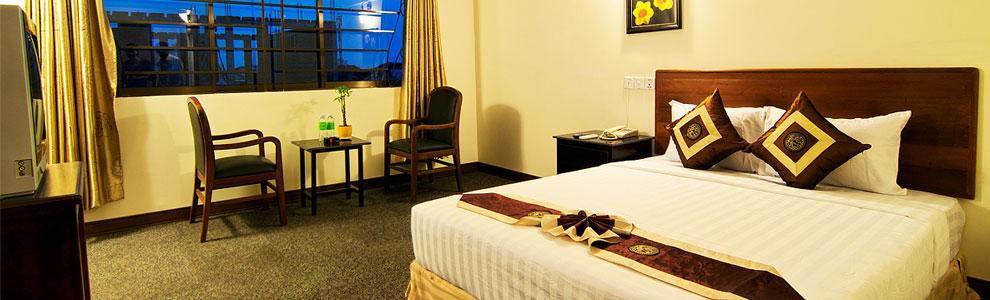 macau-phnom-penh-hotel-double.jpg