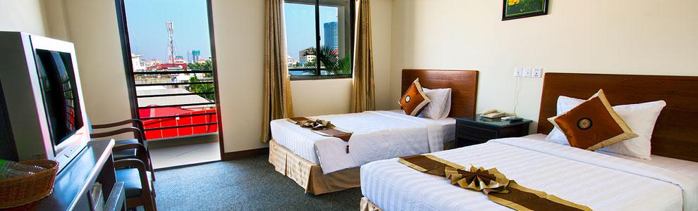 macau-phnom-penh-hotel-twin.jpg