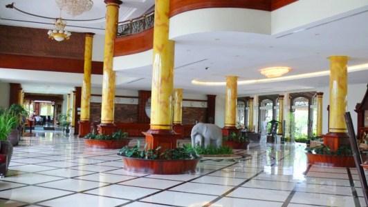 pacific_hotel-lobby.jpg