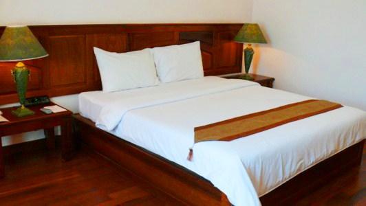 pacific_hotel_deluxe_double-(6).jpg