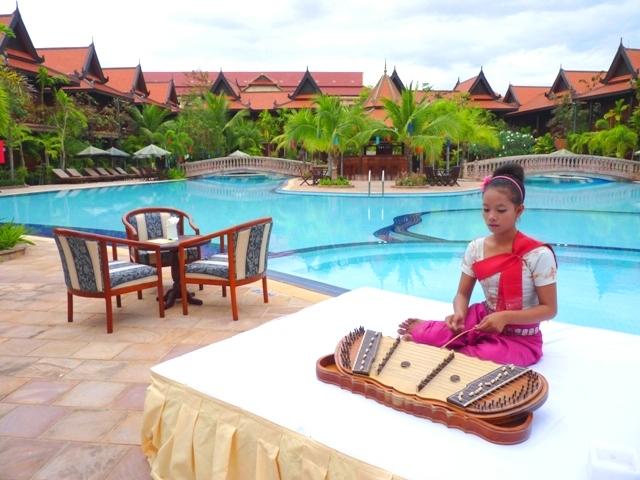 sokha-lay-angkor-villa-pool-1.JPG