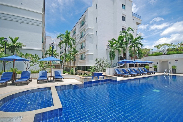 tara_angkor_hotel_swimming-pool-6.jpg
