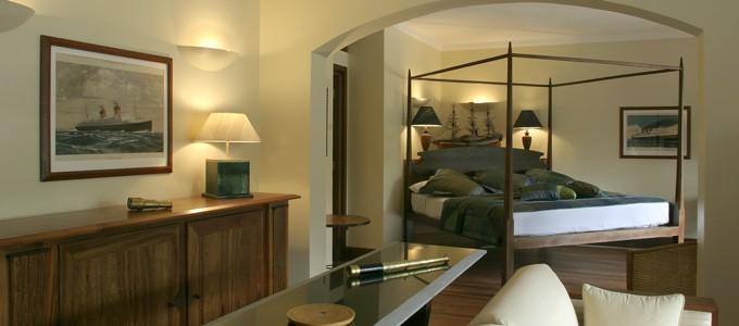 victoria-angkor-resort-amiral-suite.jpg
