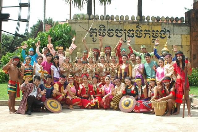 cambodia-cultural-village4.jpg